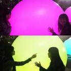 Floating, Resonating Spheres 浮遊する、呼応する球体 http://www.team-lab.net/jp/